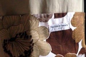 Vera Vintage Pinafore Apron Pocket Detail