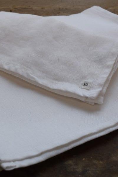 LOUISE LINEN TABLERUNNER WHITE